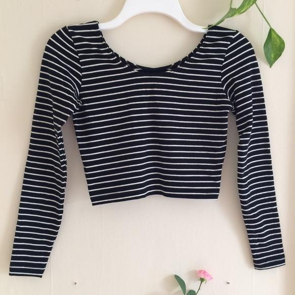 97dc9270fa4 American Apparel Black and White Striped Crop Top